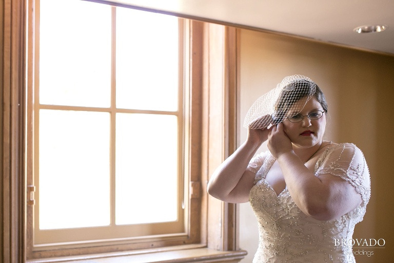A historic wedding in an old couthouse in stillwater minnesota