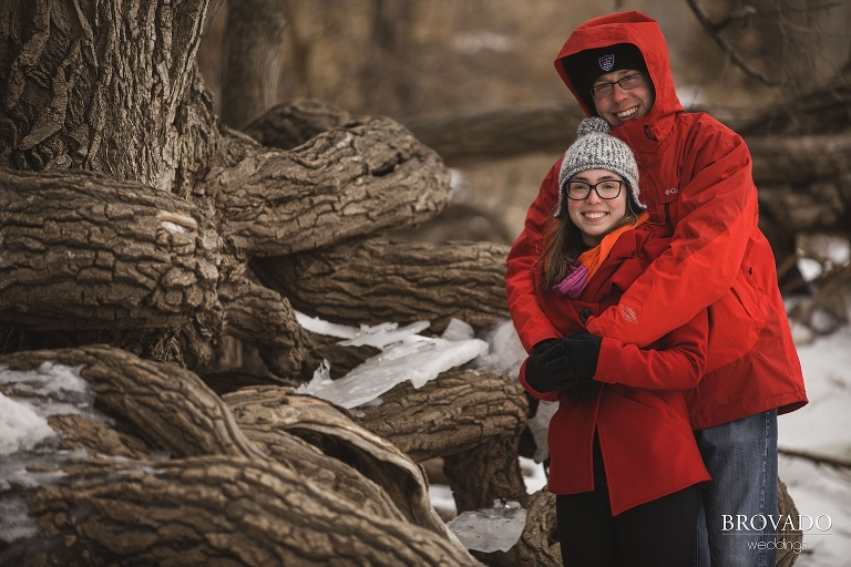 cold winter engagement shoot, winter minneapolis engagment, adventurous couple, cold weather pictures